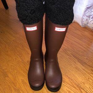 Brown Shearling Cuff Hunter Boots size 7